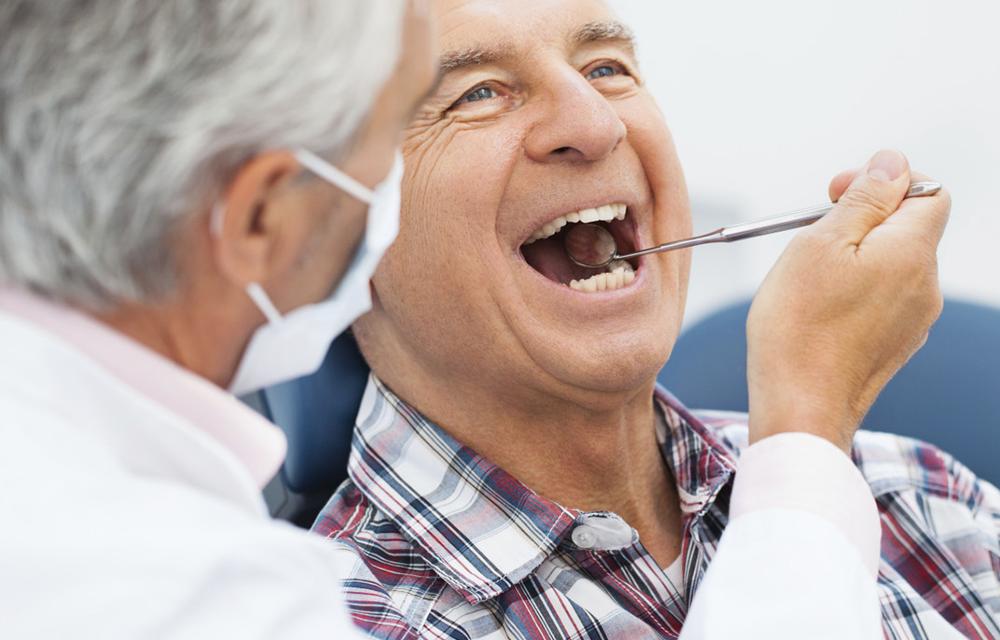 Kako na prirodan način izbijeliti zube